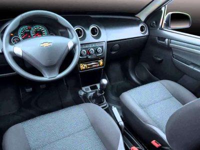 J&S Rent-a-Car Alquiler Auto